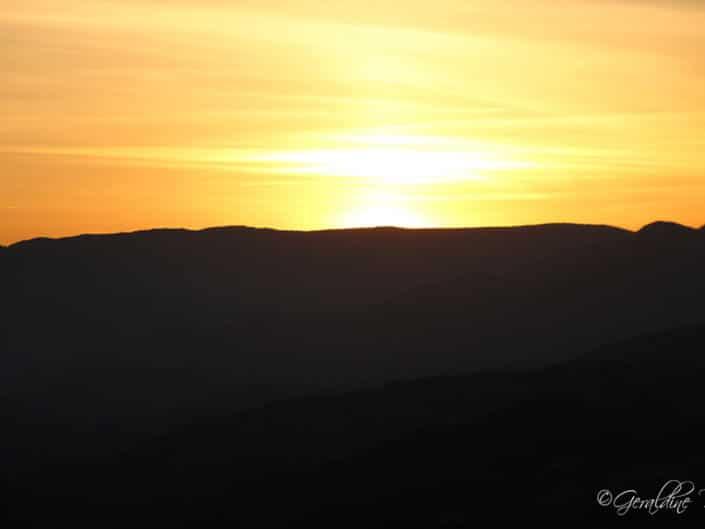 Soleil couchant montagne Ardèchoise