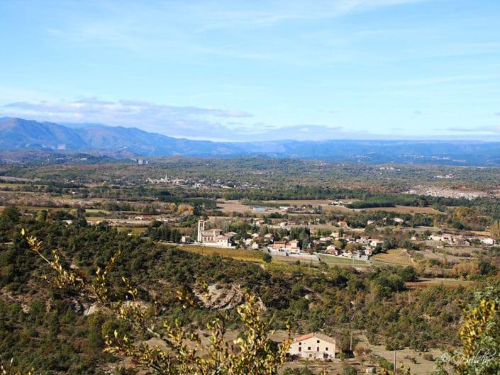 Une vue sur le village de Grospierres