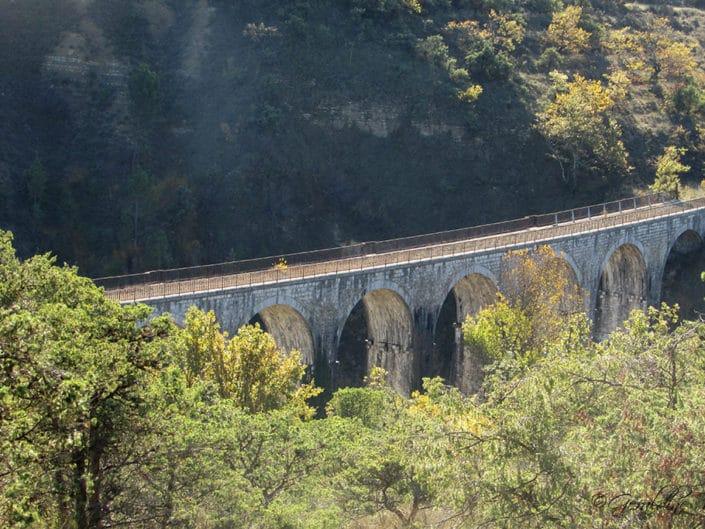 Vue sur le viaduc des Louanes
