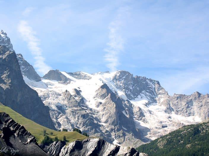 Vue sur les sommets en haut du Lautaret