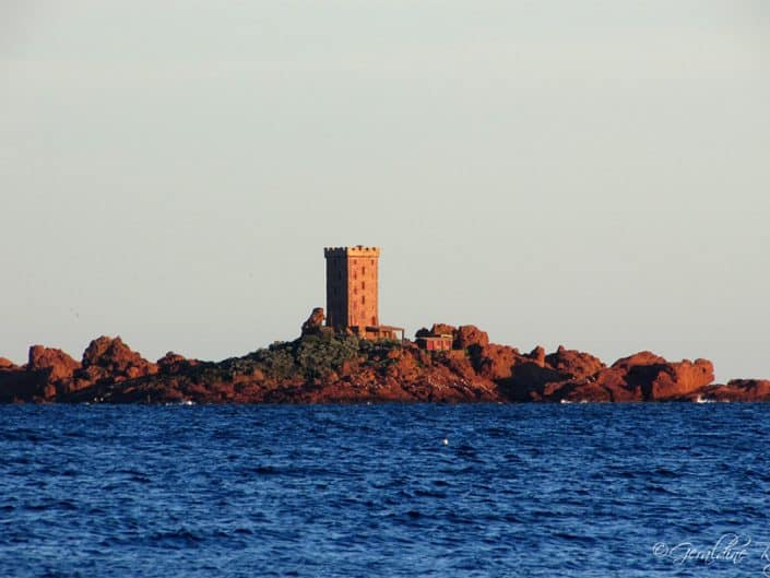 La tour de l'île d'Or