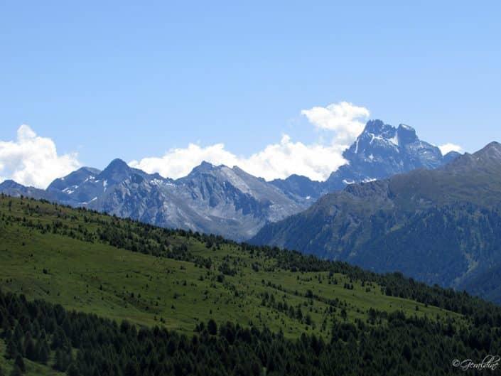 Une vue sur le Mont Viso